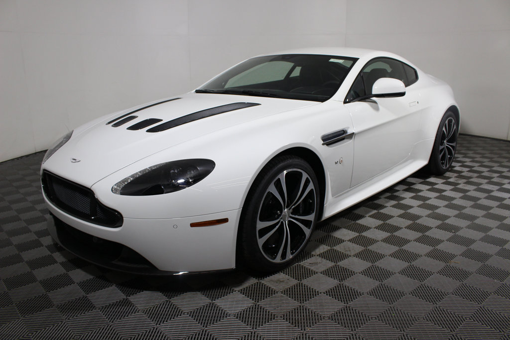 Pre Owned 2017 Aston Martin Vantage V12 S Coupe Coupe In Golden