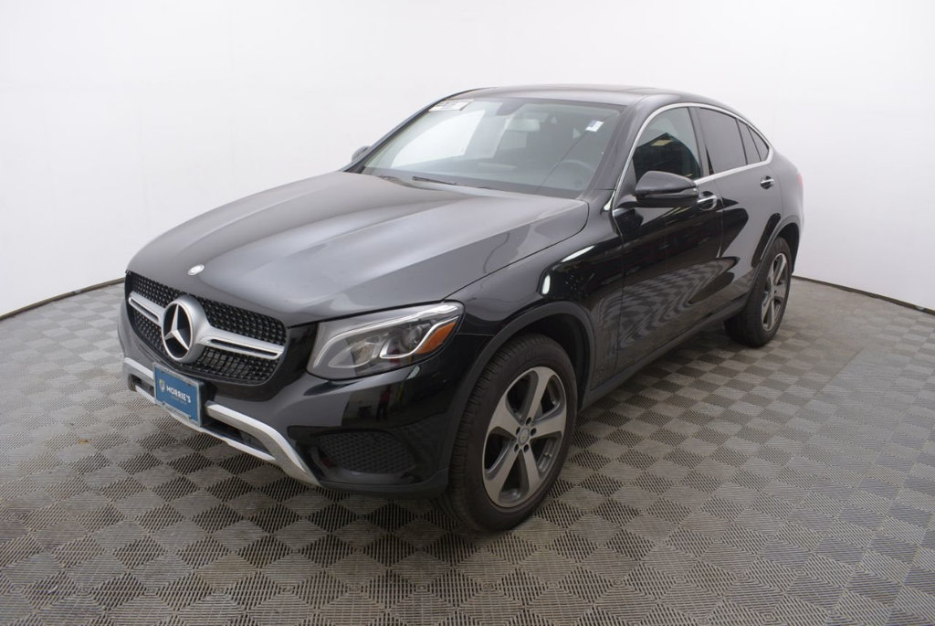 Pre Owned 2017 Mercedes Benz Glc 300 4matic Coupe